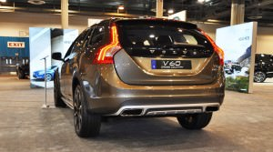 2015 Volvo V60 Cross Country 13