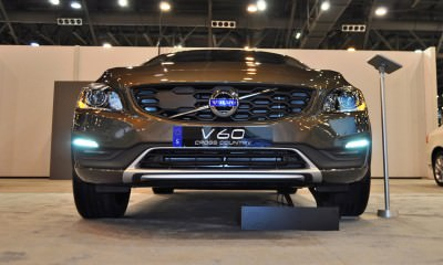 2015 Volvo V60 Cross Country 15