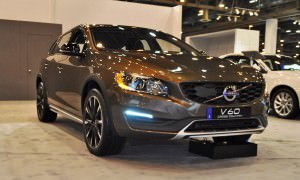 2015 Volvo V60 Cross Country 2