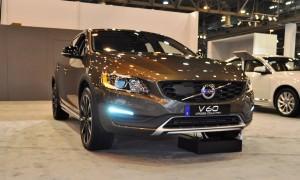 2015 Volvo V60 Cross Country 3