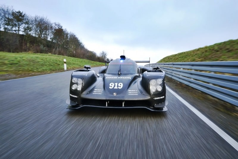 2015 vs 2014 Porsche 919 Hybrid - LMP1 Racers Compared 11