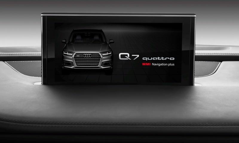 2016 Audi Q7 Cabin Tech 10