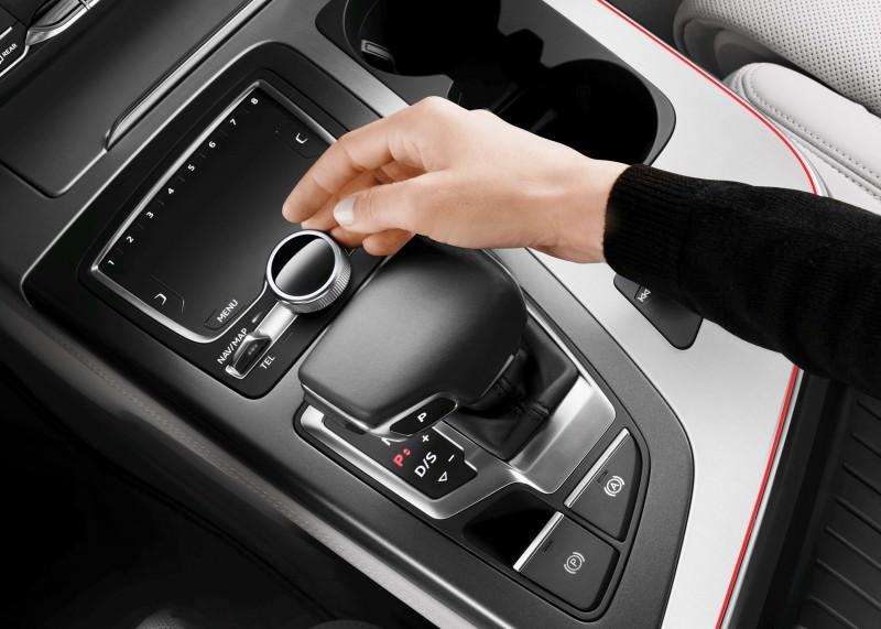 2016 Audi Q7 Cabin Tech 14