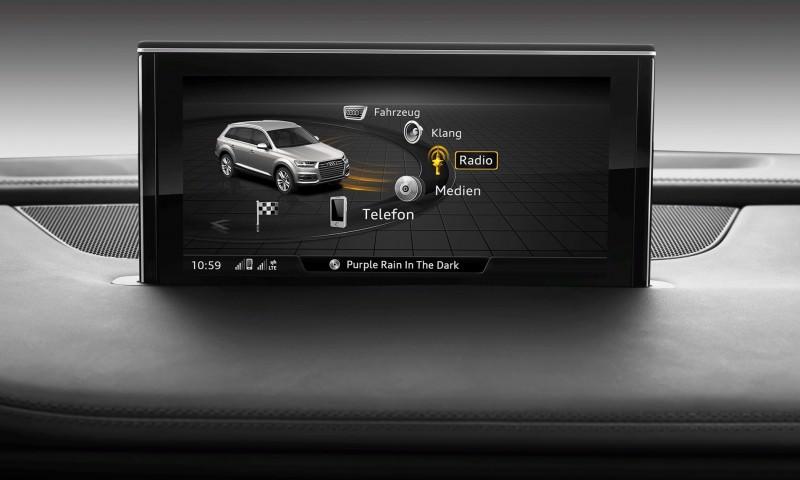 2016 Audi Q7 Cabin Tech 20