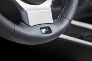 2016 Lexus GS F 26