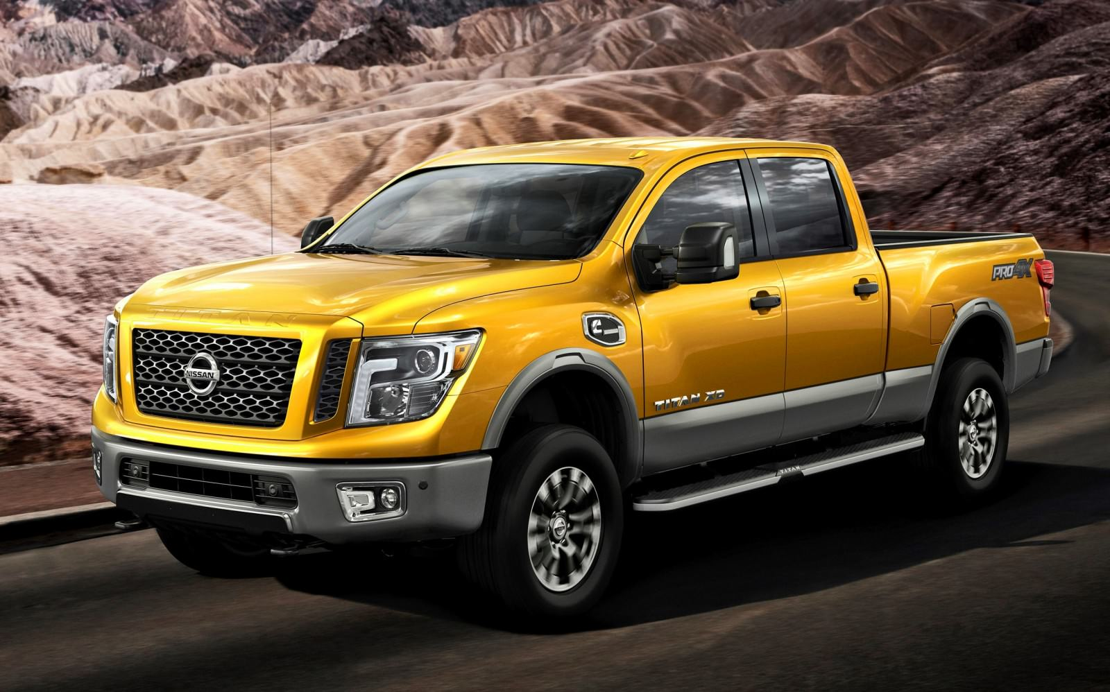 all new nissan titan travels west to meet with fans car revs. Black Bedroom Furniture Sets. Home Design Ideas