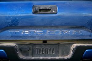 2016 Toyota Tacoma Limited 27