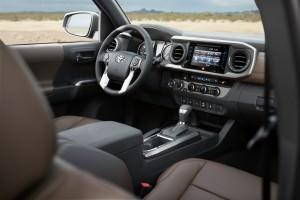 2016 Toyota Tacoma Limited 29