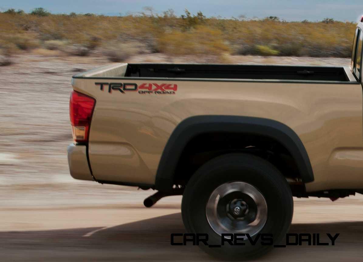2016 Toyota Tacoma TRD Off-Road 10