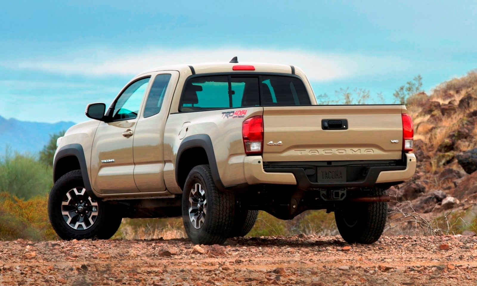 2016 toyota tacoma trd off road 12. Black Bedroom Furniture Sets. Home Design Ideas