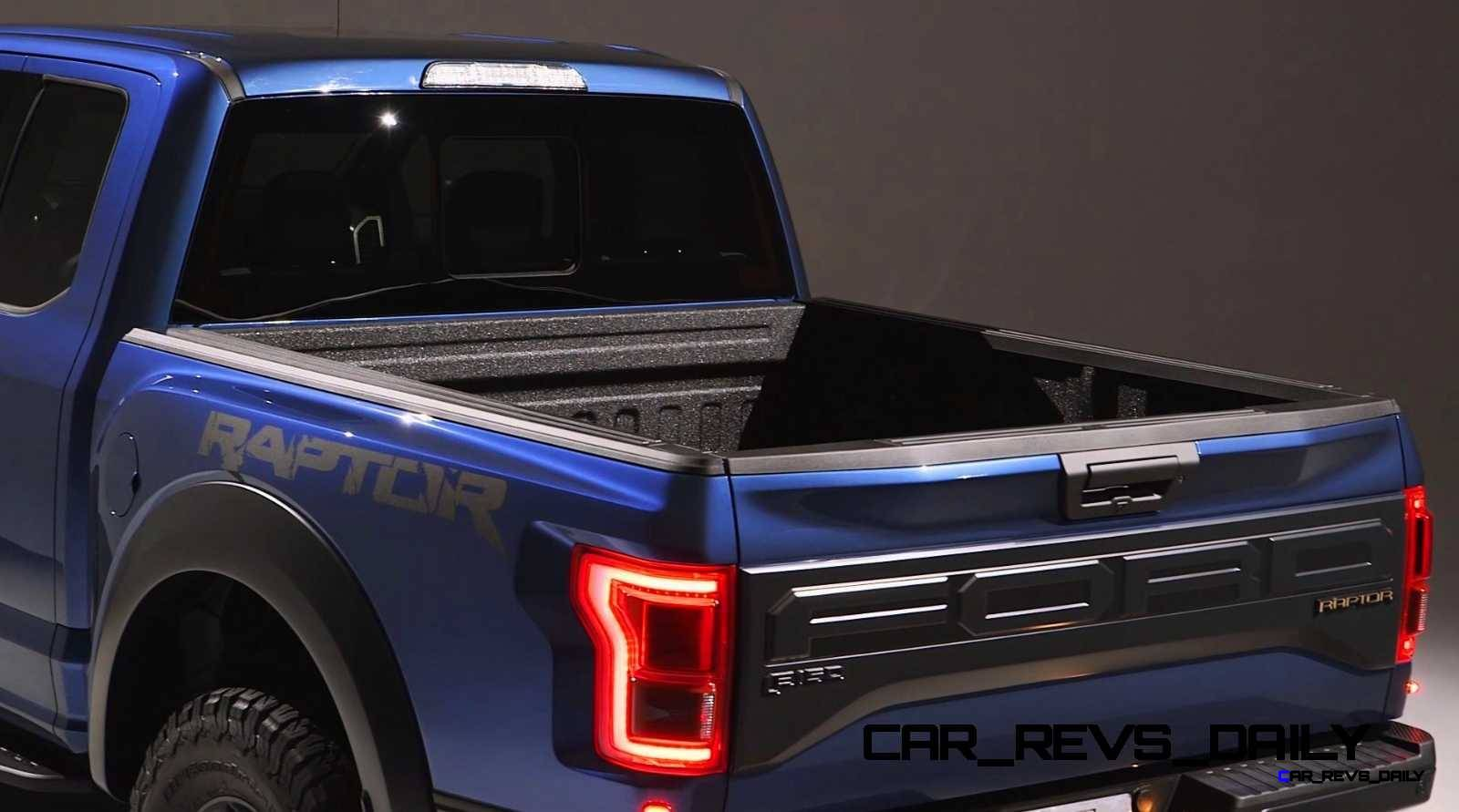 2017 Ford F-150 RAPTOR Studio Stills 19