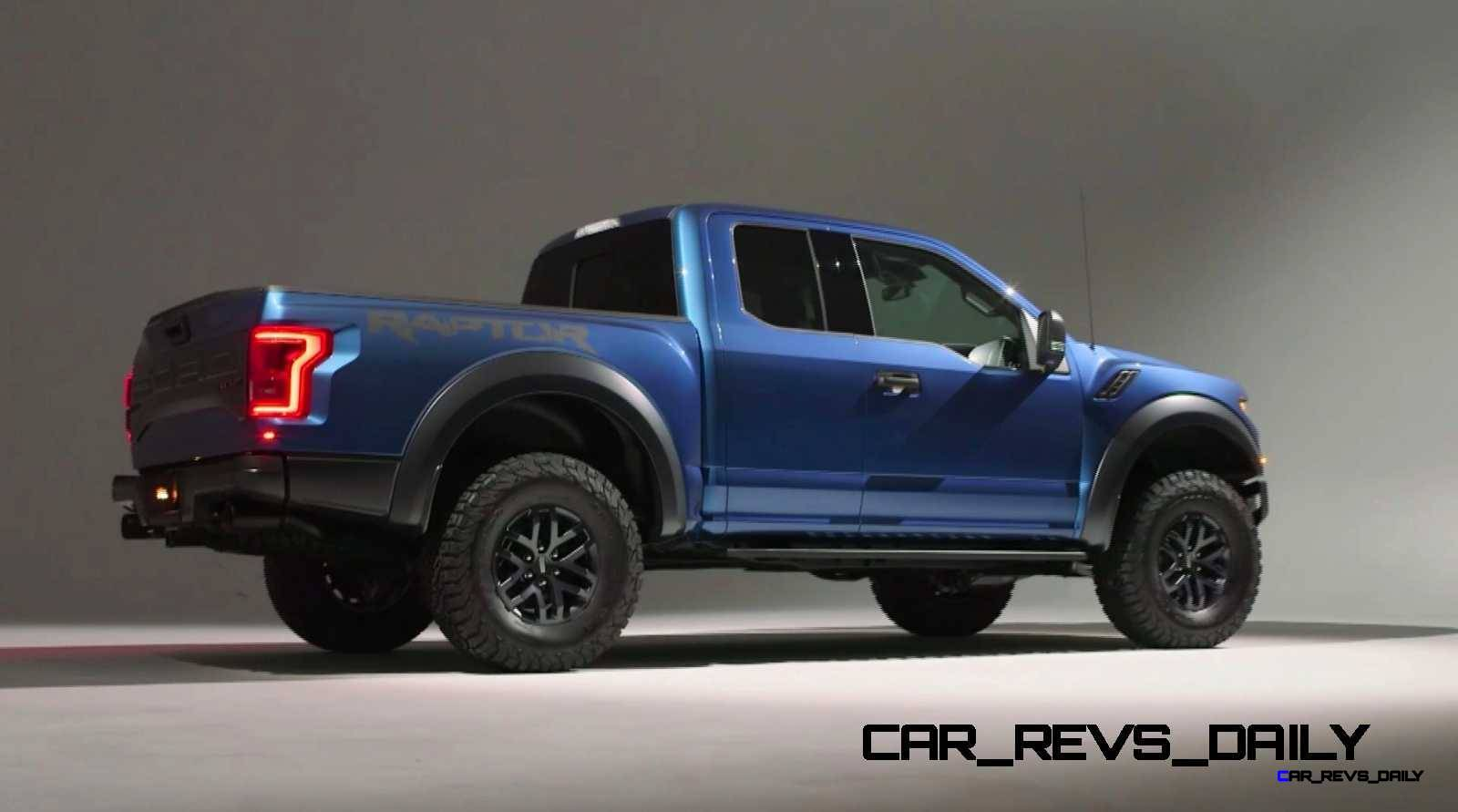 2017 Ford F-150 RAPTOR Studio Stills 21