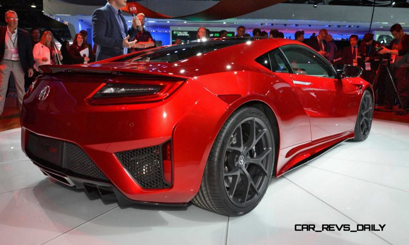 Detroit NAIAS 2015 Showfloor Gallery 49