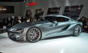 Detroit NAIAS 2015 Showfloor Gallery 64