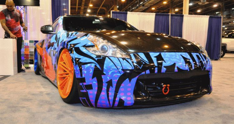 Hand-Airbrushed Nissan 370Z LowRider