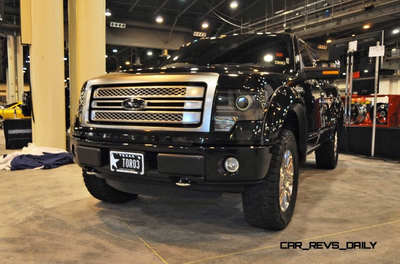 Houston Auto Show Customs - Top 10 LIFTED TRUCKS 10