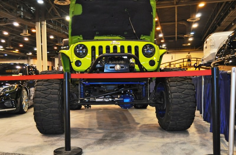 Houston Auto Show Customs - Top 10 LIFTED TRUCKS 17