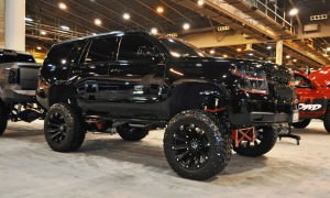 Houston Auto Show Customs - Top 10 LIFTED TRUCKS 21
