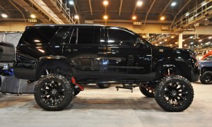 Houston Auto Show Customs - Top 10 LIFTED TRUCKS 22