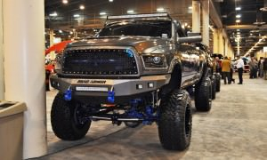 Houston Auto Show Customs - Top 10 LIFTED TRUCKS 26