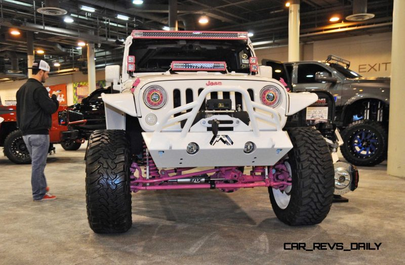 Houston Auto Show Customs - Top 10 LIFTED TRUCKS 31