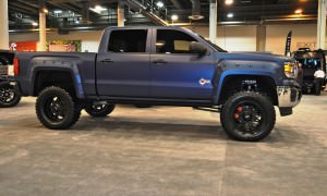 Houston Auto Show Customs - Top 10 LIFTED TRUCKS 35