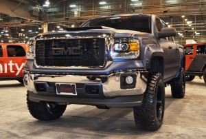 Houston Auto Show Customs - Top 10 LIFTED TRUCKS 4