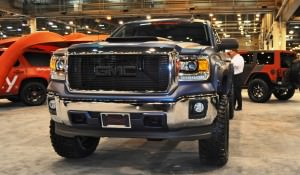 Houston Auto Show Customs - Top 10 LIFTED TRUCKS 44