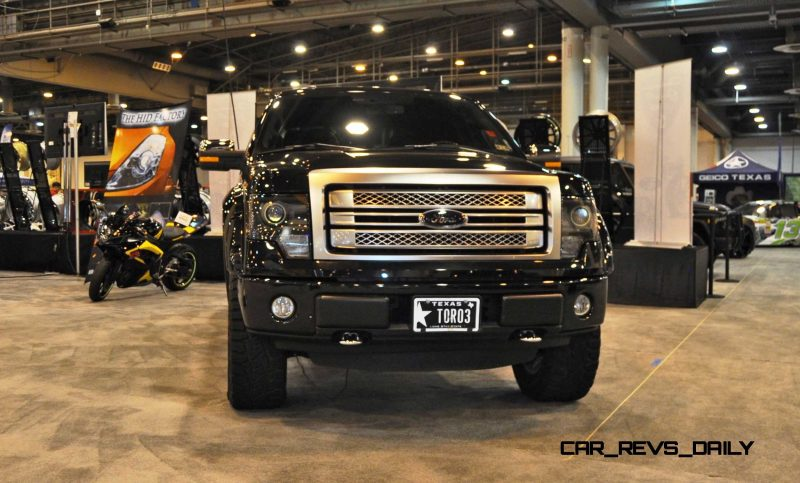Houston Auto Show Customs - Top 10 LIFTED TRUCKS 7