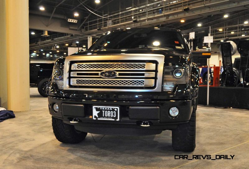 Houston Auto Show Customs - Top 10 LIFTED TRUCKS 9