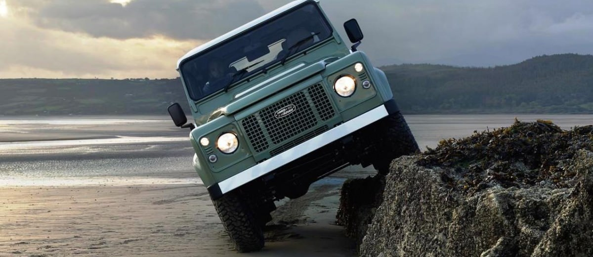 Land Rover Honors 2015 Defender Retirement with Trio of Special Editions 22