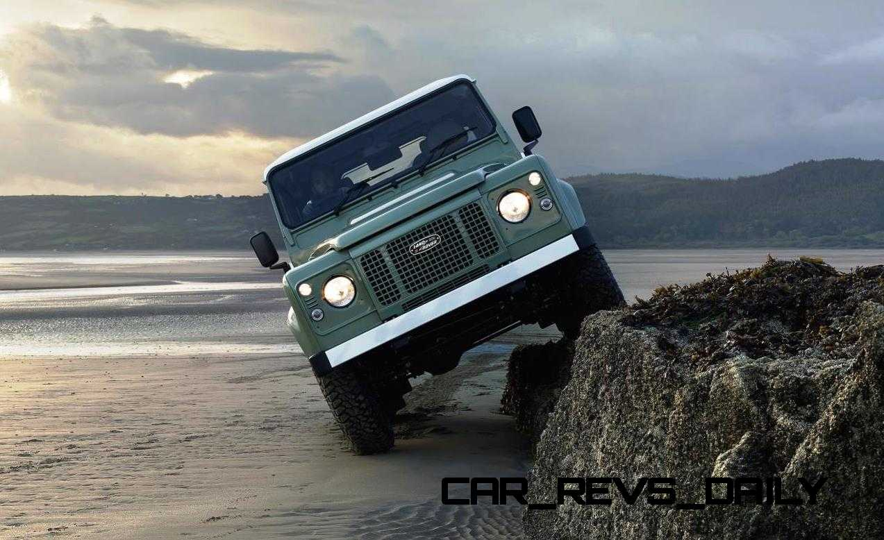 Land Rover Honors 2015 Defender Retirement With Trio Of