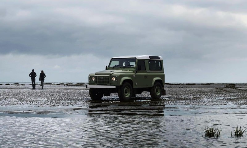 Land Rover Honors 2015 Defender Retirement with Trio of Special Editions 23