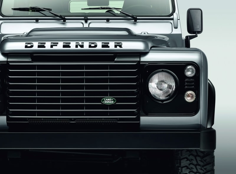 Land Rover Honors 2015 Defender Retirement with Trio of Special Editions 8