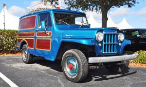 Mecum 2015 Florida Faves - 1962 Willys JEEP Utility Wagon 10