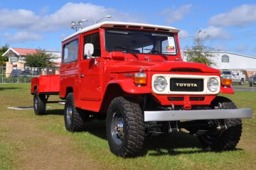 Mecum Florida 2015 Favorites – Toyota FJ40 Land Cruiser With Matching Trolley!