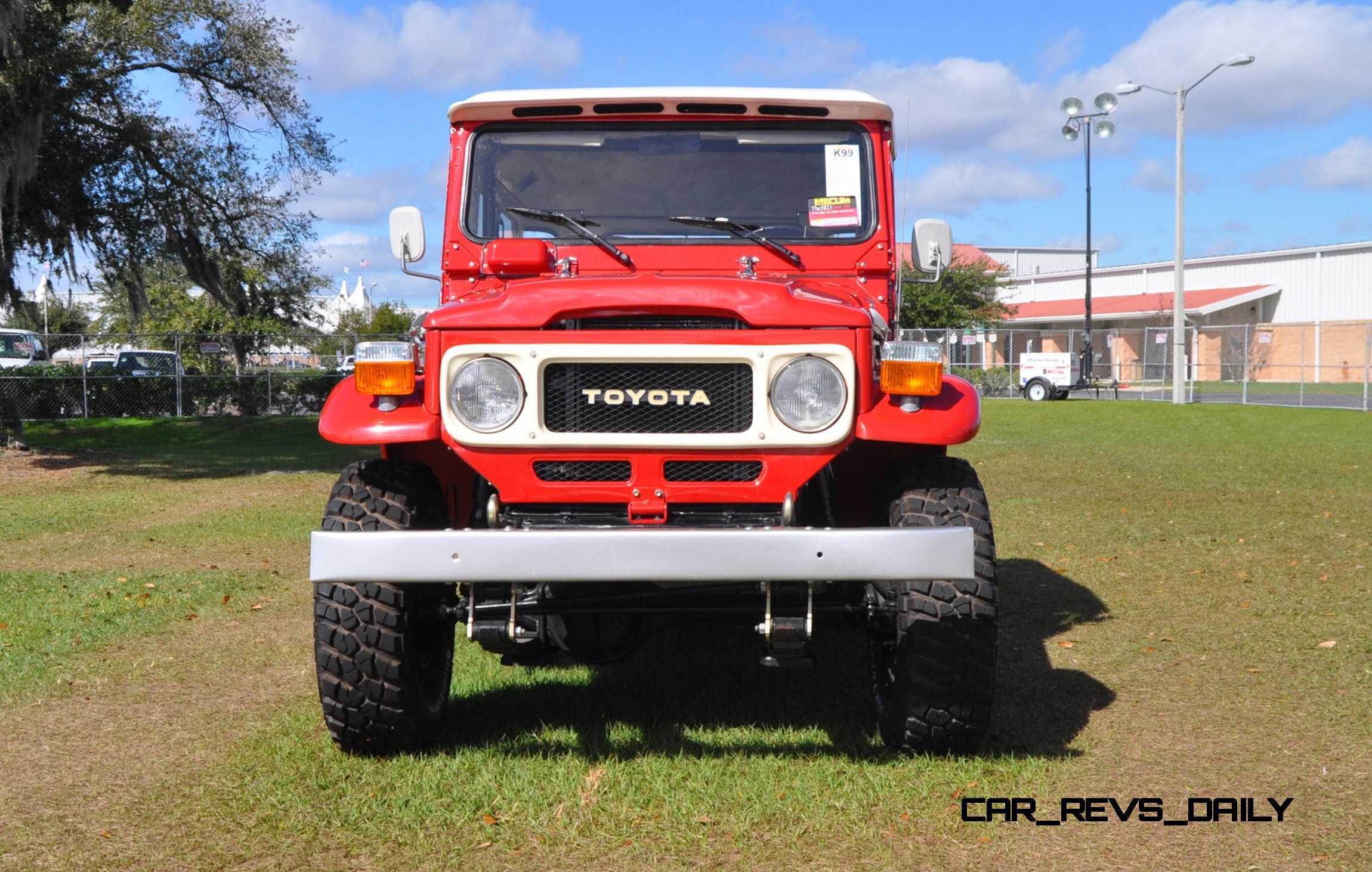 mecum florida  favorites toyota fj land cruiser  matching trolley car revs dailycom