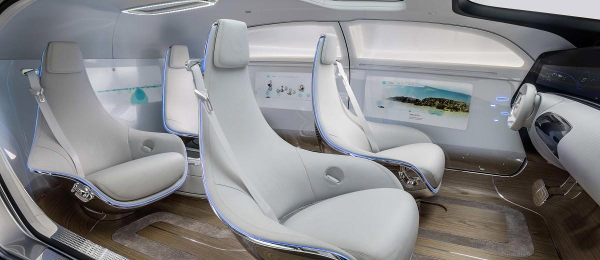 Mercedes-Benz F 015 Concept 10