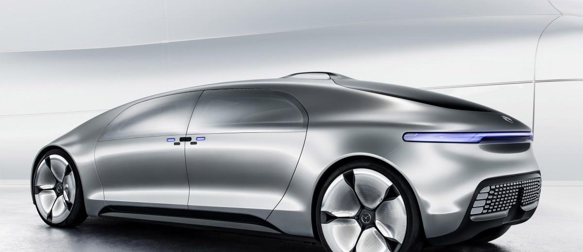 Mercedes-Benz F 015 Concept 32