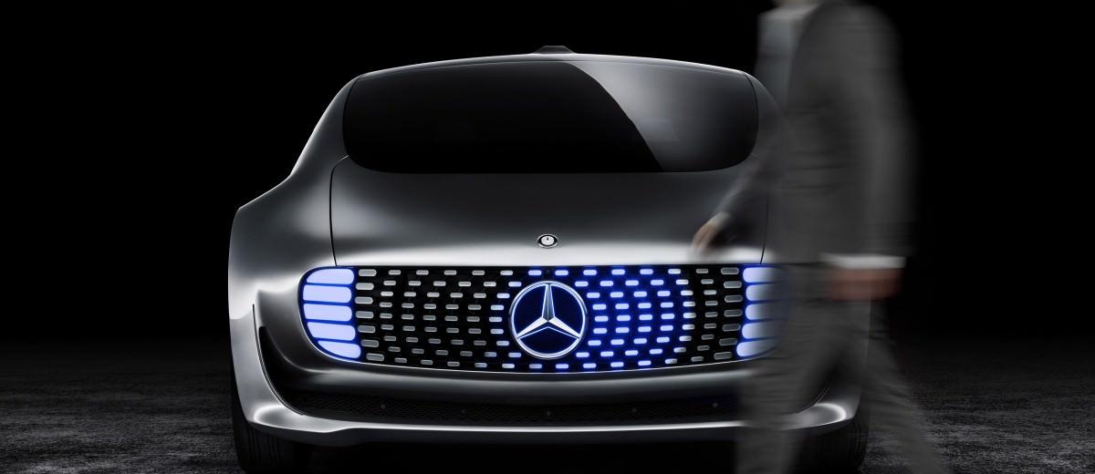 Mercedes-Benz F 015 Concept 36