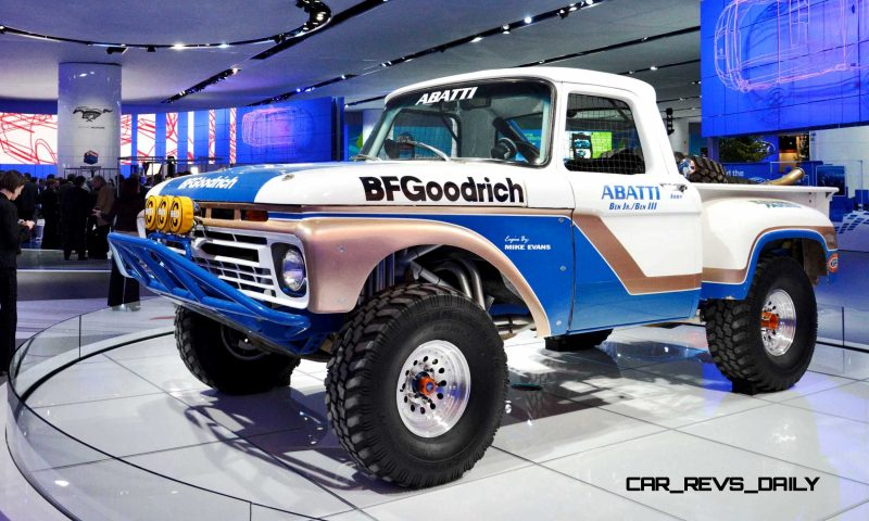 NAIAS 2015 Showfloor Gallery - Day Two in 175 Photos 17
