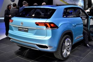 NAIAS 2015 Showfloor Gallery - Day Two in 175 Photos 26