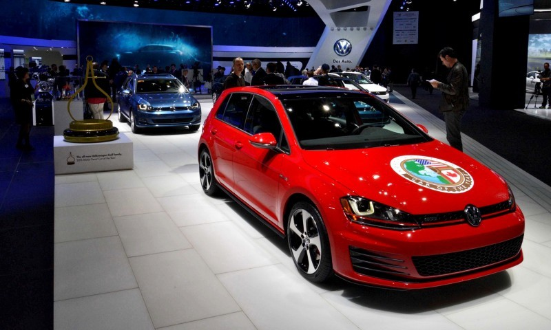 NAIAS 2015 Showfloor Gallery - Day Two in 175 Photos 27