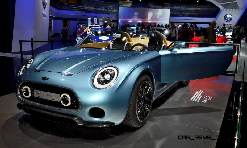 NAIAS 2015 Showfloor Gallery - Day Two in 175 Photos 35
