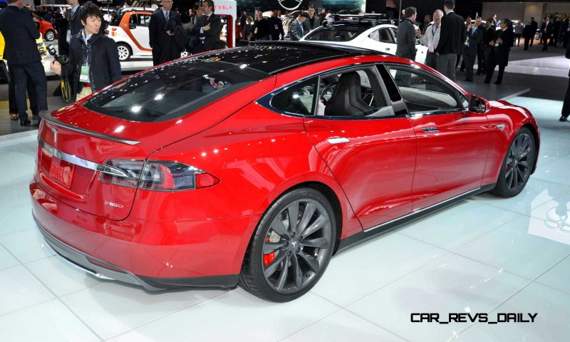 NAIAS 2015 Showfloor Gallery - Day Two in 175 Photos 38