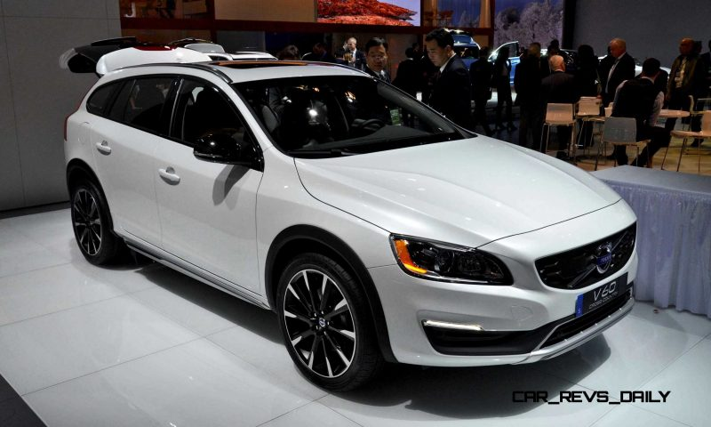 NAIAS 2015 Showfloor Gallery - Day Two in 175 Photos 45