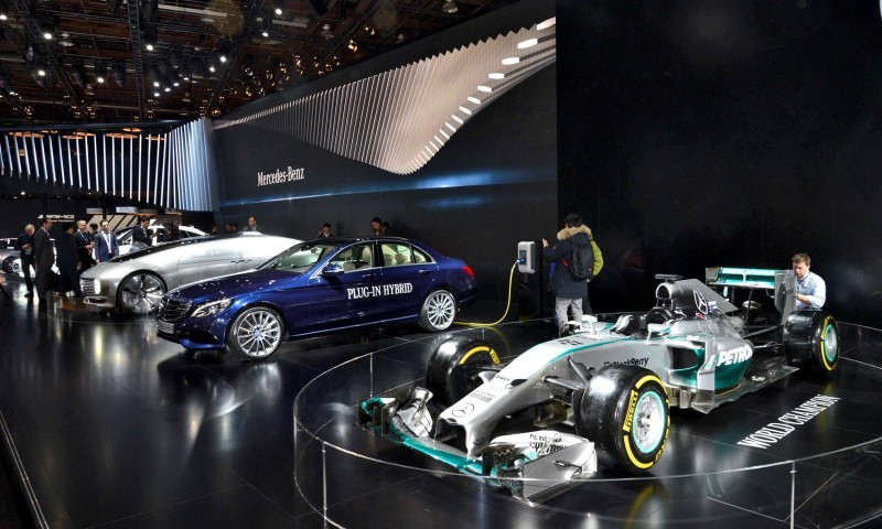 NAIAS 2015 Showfloor Gallery - Day Two in 175 Photos 46