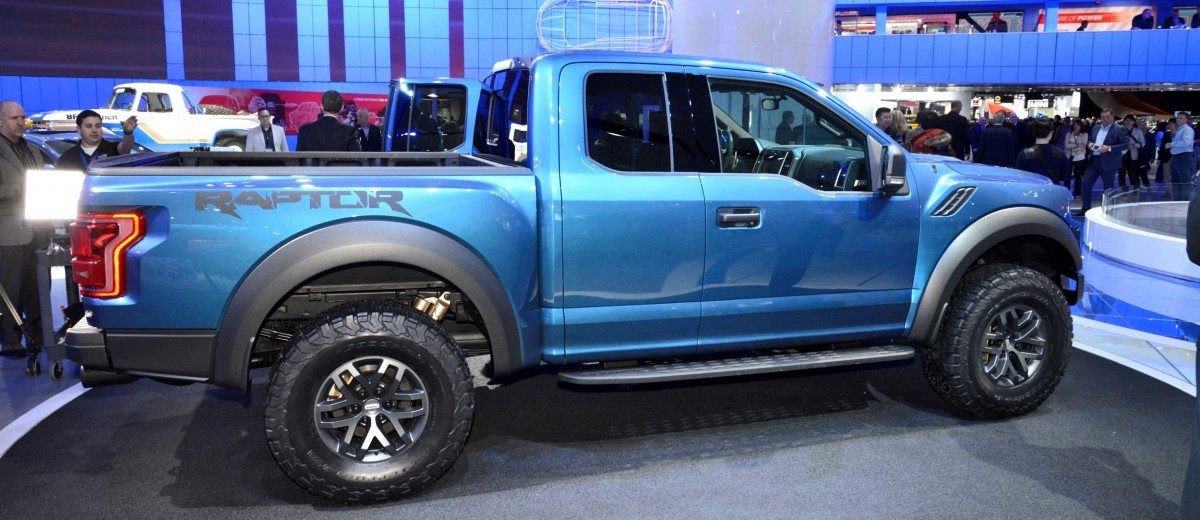 NAIAS 2015 Showfloor Gallery - Day Two in 175 Photos 55