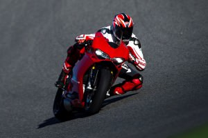 145-1299PanigaleS_KitPerformance_78