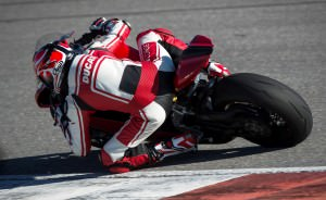 146-1299PanigaleS_KitPerformance_76